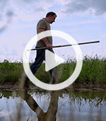 Der mit der Erde spricht Michael Groß Film SWR Video